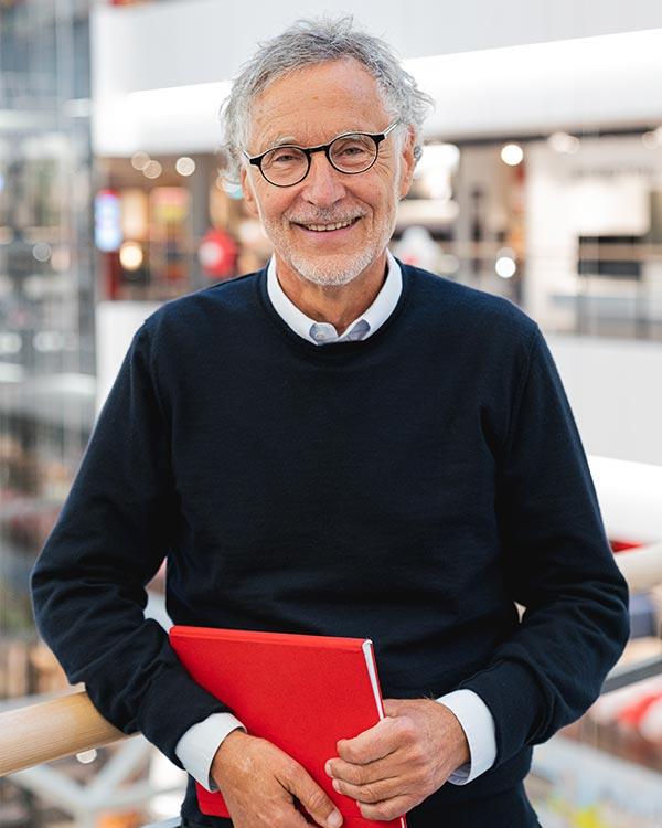 Kurt Krieger, Inhaber